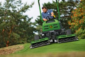 Sport- Golfplatzpflege
